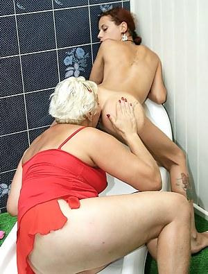 Hot Lesbian Teen Ass Licking Porn Pictures