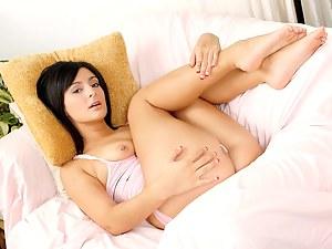 Hot Brunette Teen Porn Pictures