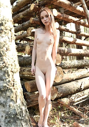 Hot Teen Outdoor Porn Pictures