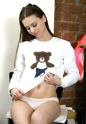 Hot Russian Teen Porn Pictures