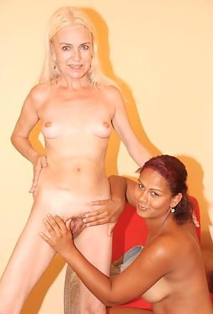 Hot Lesbian Teen Interracial Porn Pictures